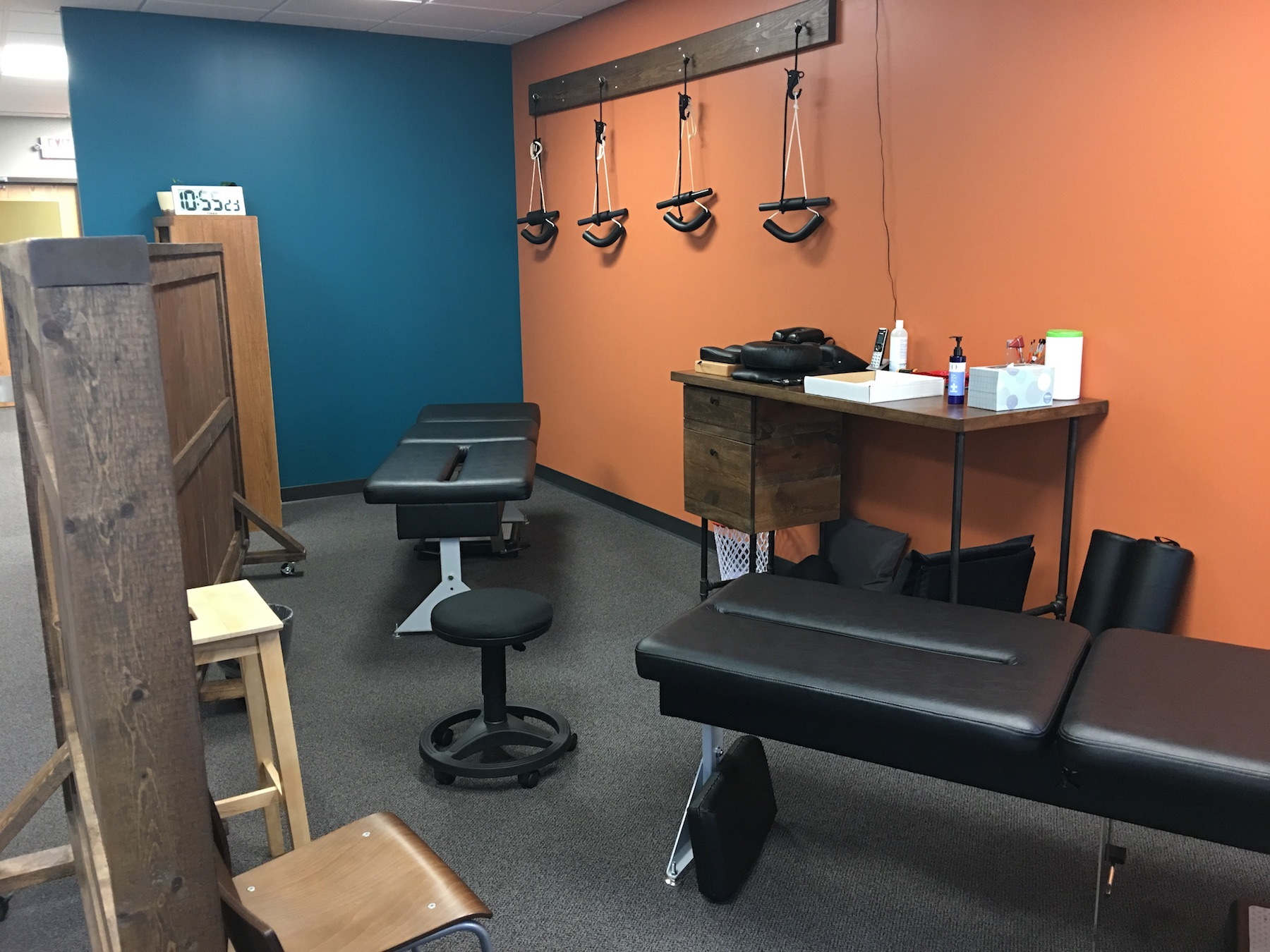 chiropractic tables adjustment shakopee